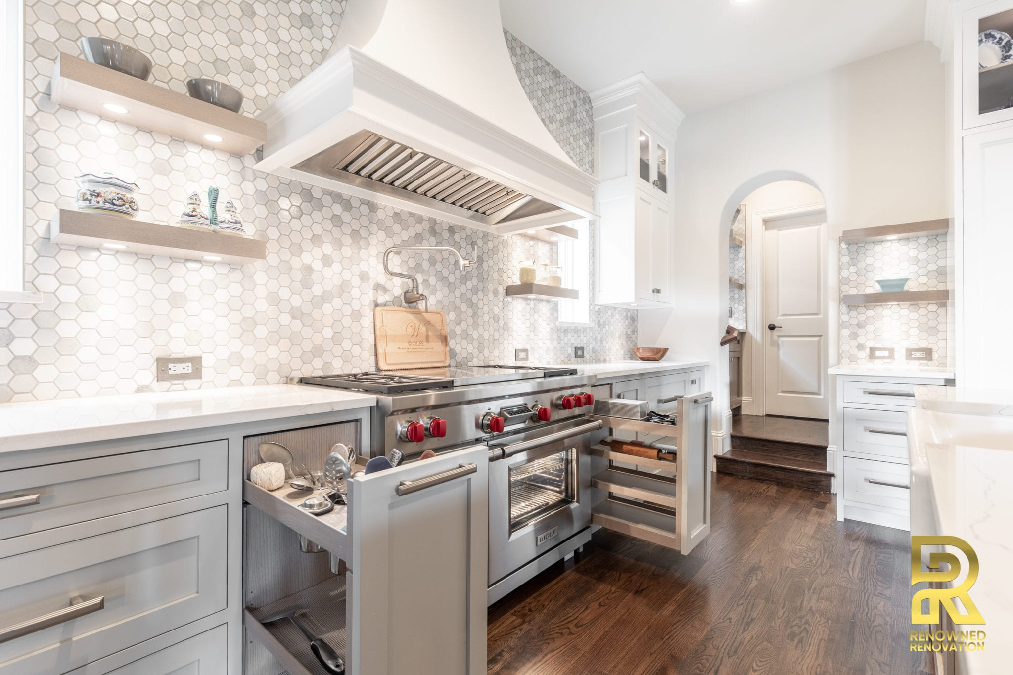 Custom-Kitchen-Cabinets-Designed-byRemodel-By-Renowned-Renovation-18
